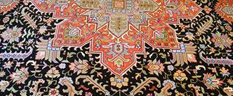 Klassischer Perser Teppich von Sasan Tabatabai von Bodenkunst in Klagenfurt